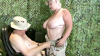 LACEYSTARR - Granny Lacey is ready to take orders